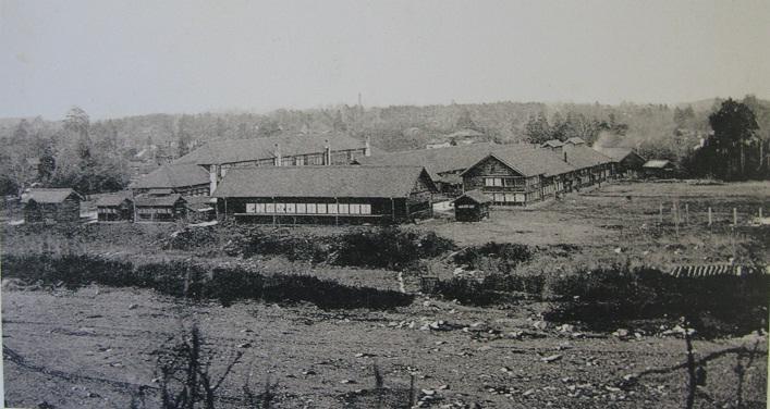 創立当初の校舎風景